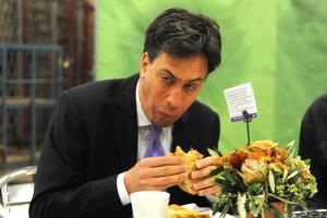 ed miliband eating bacon